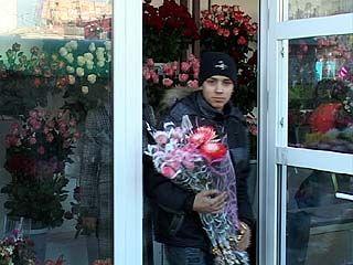 Воронежские мужчины искали к 8 марта для своих дам даже пионы