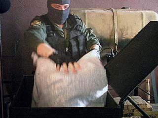 Воронежские наркополицейские пускают деньги на ветер