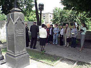 Воронежские писатели хотели преподать урок по культуре школьникам