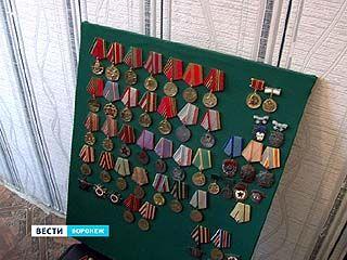 Воронежские полицейские задержали подозреваемого в продаже орденов и медалей