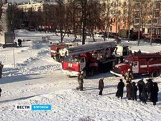 Воронежские пожарные провели контрольные учения