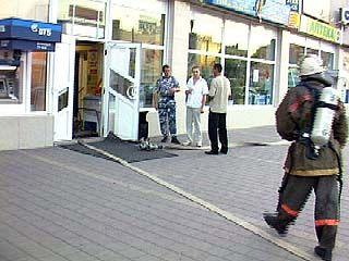 Воронежские спасатели провели пожарные учения в Доме быта