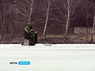 Воронежские спасатели вынуждены ежедневно патрулировать водохранилище