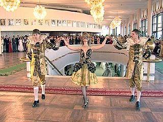 Воронежские студенты-медики решили возрождать дворянские традиции