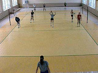 Воронежские волейболистки провели первые игры в новом зале