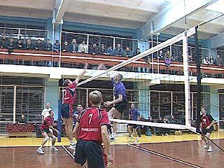 Воронежские волейболисты провели два выездных тура