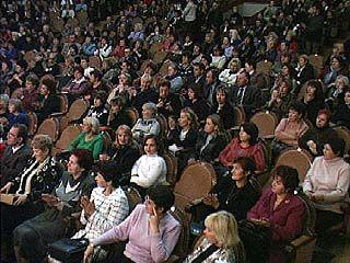 Воронежских педагогов поздравили представители всех ветвей власти