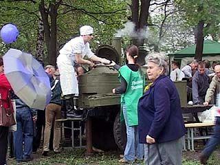 Воронежских ветеранов пригласили на фронтовой обед