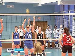 Воронежским волейболистам не хватает зала для настоящих соревнований
