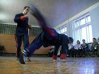 Воронежской школе русского кулачного боя 16 лет