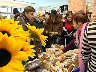 Воронежцев учили распознавать некачественные продукты