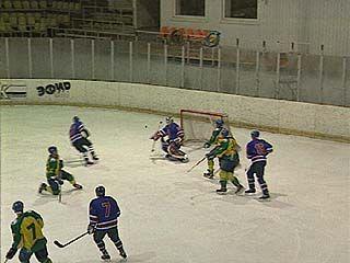 Воронежцы обыграли хоккеистов из Подольска - 8:0