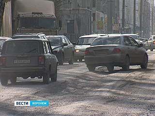 Все дороги в областном центре должны быть отремонтированы за 2-3 недели