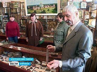 Все свои экспонаты Николай Новиков подарил богучарской школе