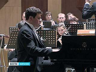 Всемирно-известный пианист Денис Мацуев даёт концерты в Воронеже