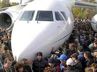 Выпускать АН-148 пока будут только для частников
