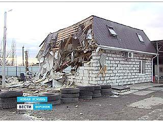 Взрыв в Новой Усмани разрушил несколько зданий, оказавшихся рядом с эпицентром