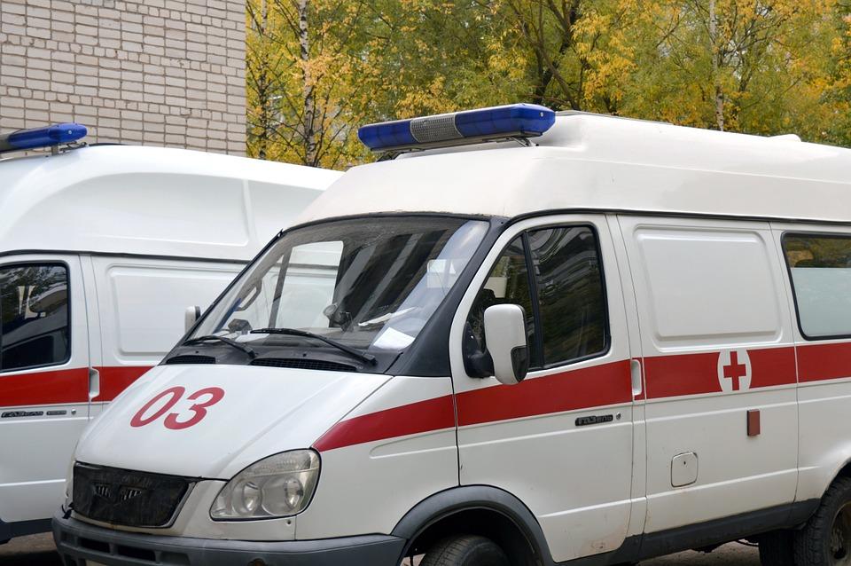 На трассе под Воронежем в ДТП с 2 иномарками пострадали двое взрослых и двое детей
