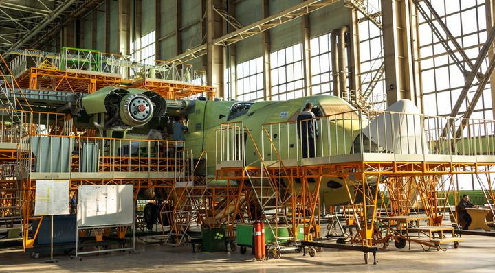На воронежском авиазаводе приступили к испытанию систем нового самолёта Ил-112В