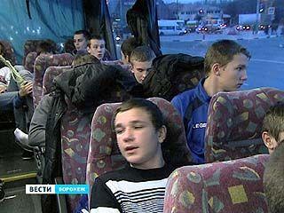Юные футболисты из Богучара, Рамони и Терновки отправились в Москву на чемпионат России