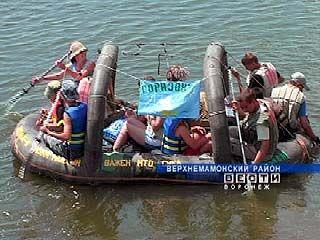 """Юные туристы из клуба """"Горизонт"""" выполняют экологическую миссию"""