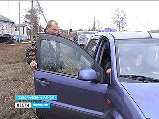 Юрий Чуреев пытается организовать в Песках социальное такси
