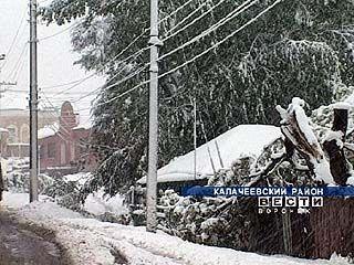 Южные районы области утопают в снегу