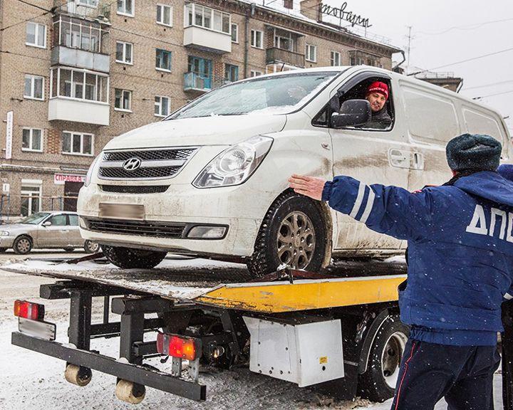 Спустя 5 месяцев на улицы Воронежа вернулись эвакуаторы