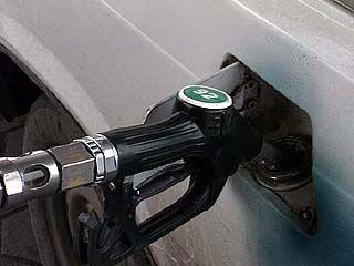 За последний год цены на бензин увеличились почти на 40%
