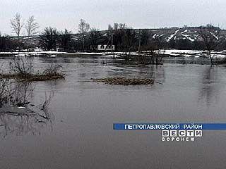 Затоплена большая часть села Старая Криуша