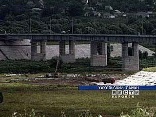 Завершается строительство моста через Дон