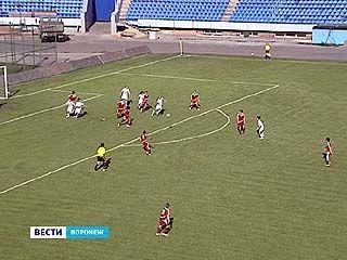 """Женская футбольная команда """"Энергия"""" встретилась с командой """"Измайлово"""""""