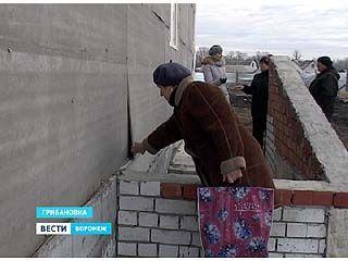 Жильцы старых бараков в Грибановке боятся долгожданного новоселья
