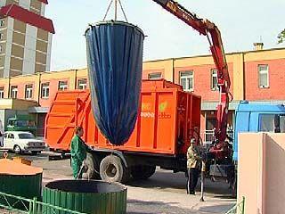 Жители Коминтерновского района будут утилизировать мусор по-новому