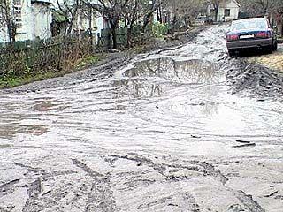 Жители одной из улиц Воронежа лишились подъезда к своим домам