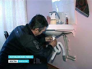 Жители посёлка Краснопольский отремонтировали амбулаторию своими руками