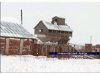 Жители Тихвинки пытаются сберечь имущество колхоза