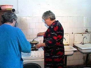 Жители воронежского общежития голодают - им не на чем готовить еду
