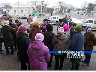 Жители Воронцовки требуют сахара - плату за сезонный труд