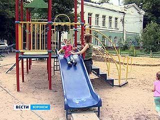 Жительница Воронежа решила через суд наказать детский сад, в который не взяли её дочь