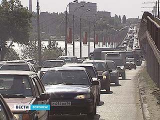 Жителям Левого берега на дорогу в центр теперь нужно больше времени