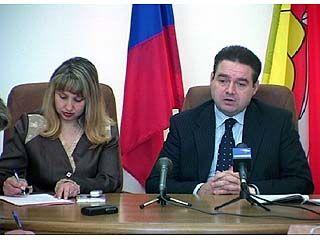 Журналистов для беседы пригласил Сергей Журавлев