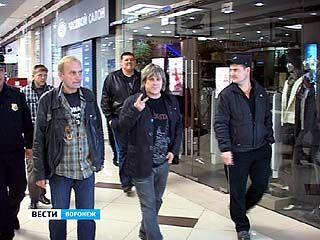 Звезда 90-х Алексей Глызин дал в Воронеже единственный концерт