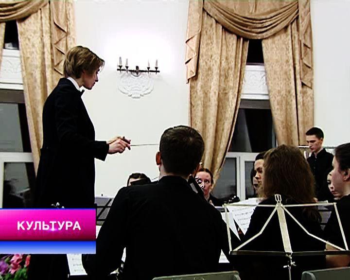 «Дыхание весны», спортивно-музыкальное шоу и юбилей Мстислава Ростроповича