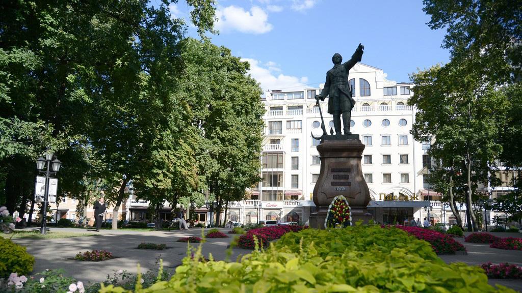 11 сентября 1860 года. Открытие памятника Петру Первому