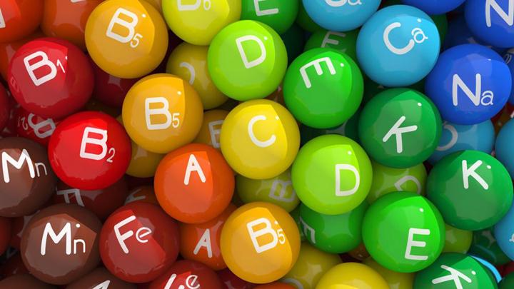 «Наш рецепт»: стоит ли пить витамины?
