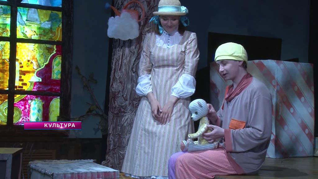 Завершение театрального сезона, фестиваль «Песни над Доном» и новый союз художников