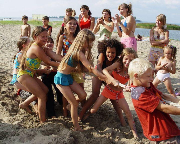 Закон по буквам: Около 10 тысяч воронежских школьников отдохнут летом бесплатно